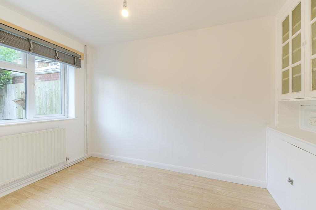 David Cosby Chartered Surveyors & Estate Agents - PINEWOOD, BLETCHLEY - Dining Room