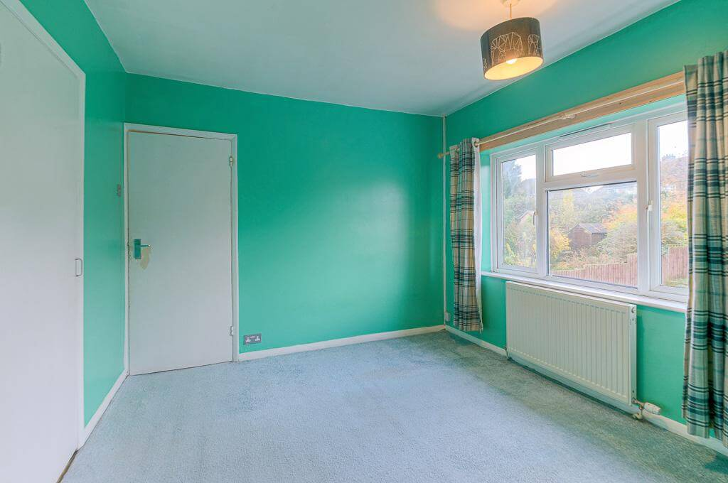 David Cosby Chartered Surveyors & Estate Agents - PINEWOOD, BLETCHLEY - Bedroom 3