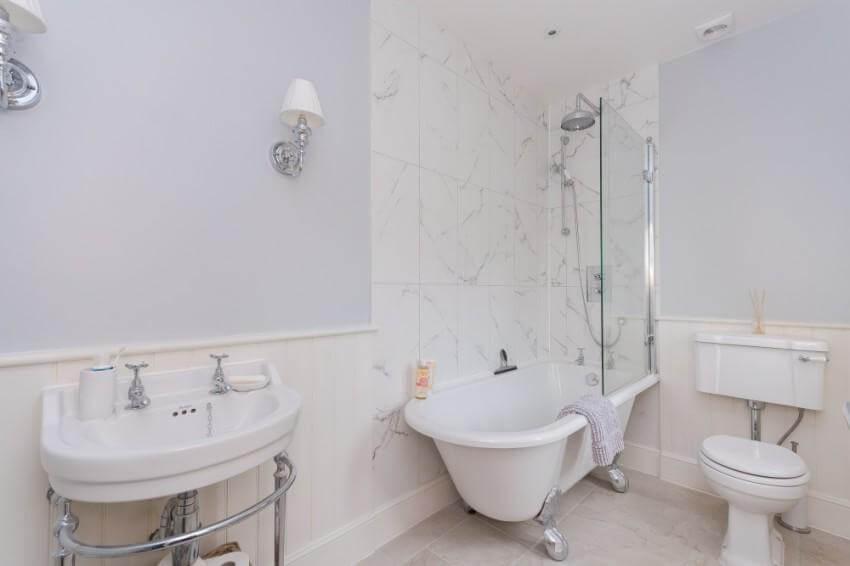 Architectural Work - Extensions and Alterations - The Chilterns, Bathroom 1